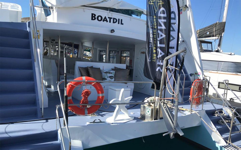 Catamaran Boatdil